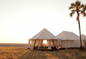 San Camp of the Makgadikgadi - Luxury Botswana Safaris