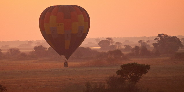 Luxury Zambia Safaris - Ballooning Safaris
