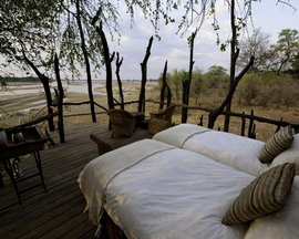 Luxury Zambia Safaris - Kalamu Lagoon Camp Star Beds